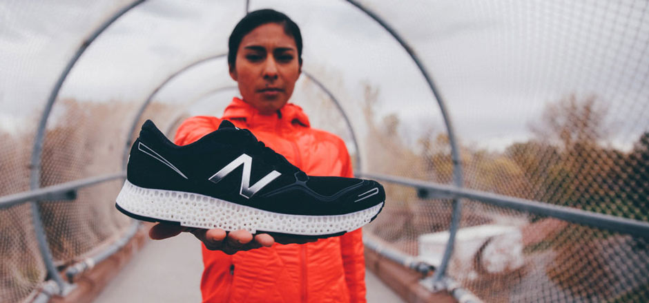 3053368-poster-p-1-new-balance-pushes-ahead-in-design-race-to-bring-3-d-printed-shoes-to-consu_crop_940.jpg